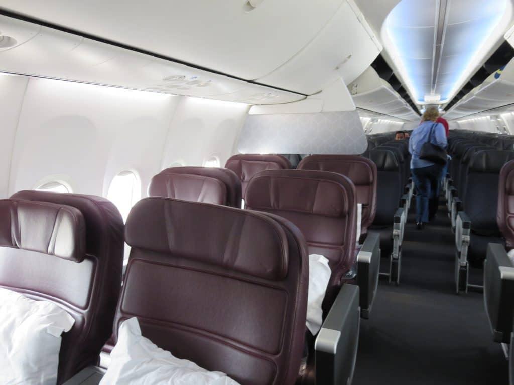 Qantas Business Class Boeing 737-800 Kabine