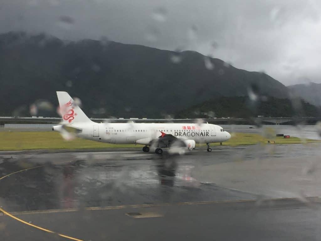 Schlechtes Wetter am Flughafen Hongkong
