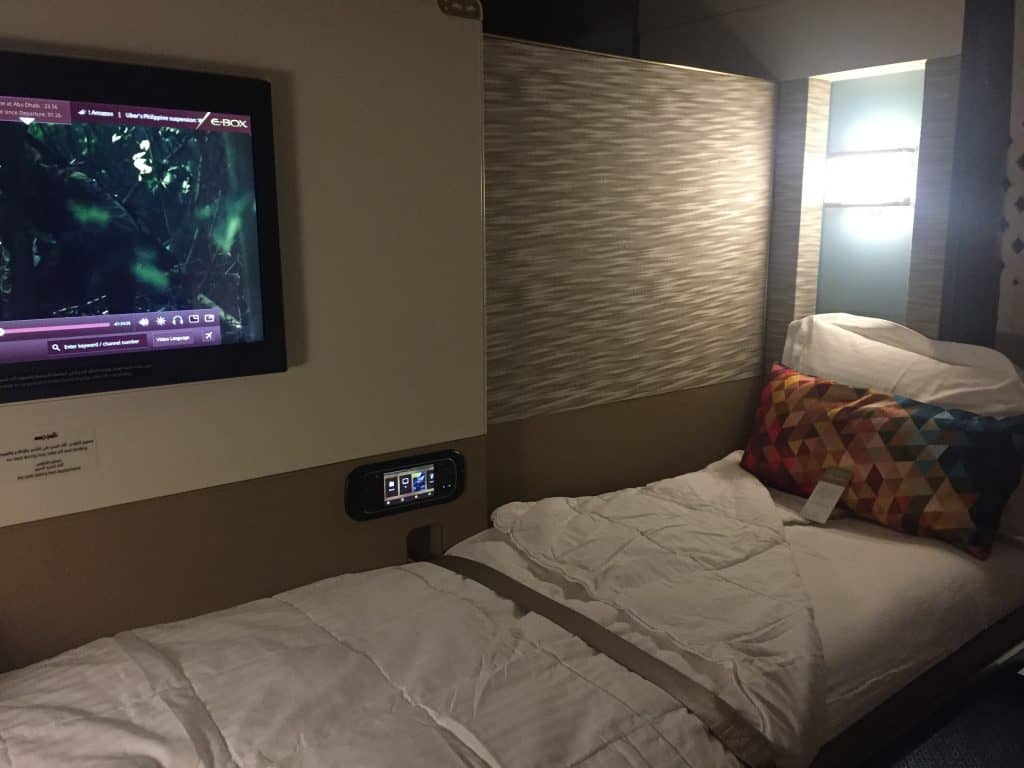Bett an Bord des Etihad First Class Apartments