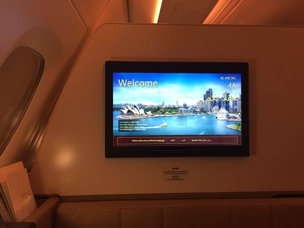 24 Zoll Bildschirm an Bord des Etihad First Class Apartments