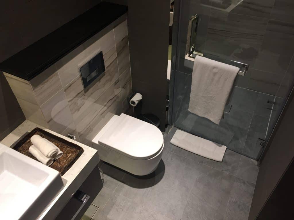 Etihad First Class Lounge Duschraum