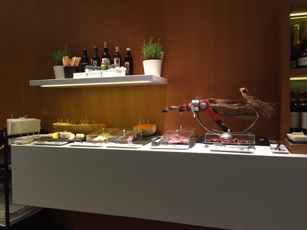 Lufthansa First Class Restaurant Buffet