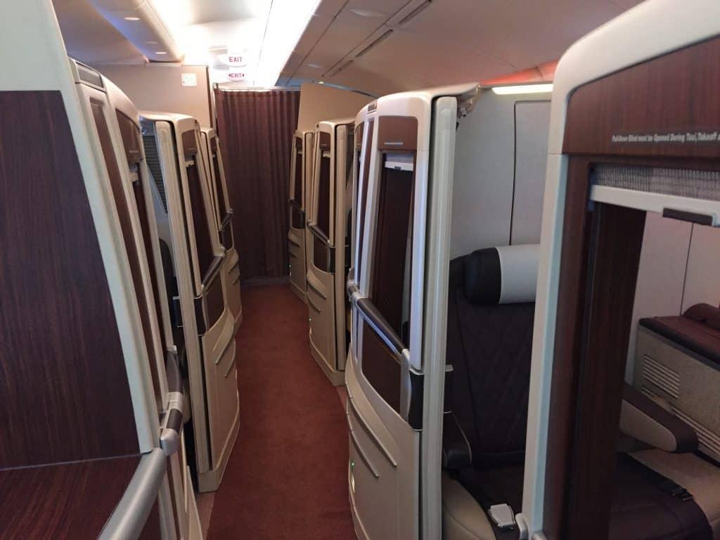 Singapore Airlines Suites Class Kabine - Blick nach hinten