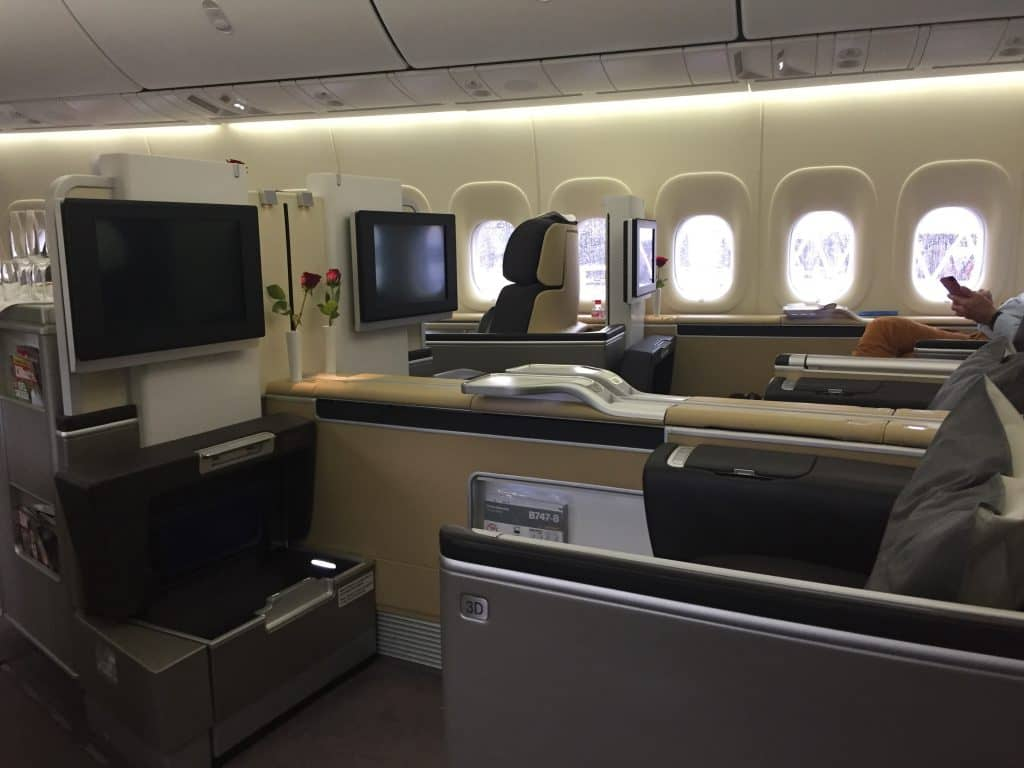 Avianca Lifemiles einlösen: Lufthansa First Class