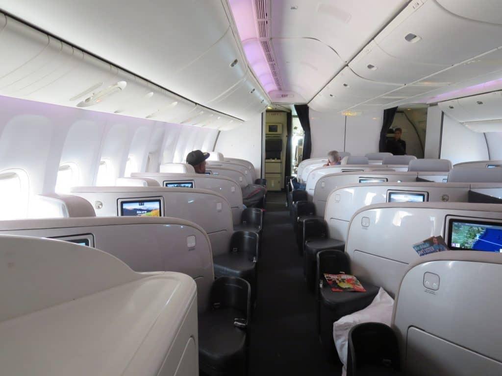 Air New Zealand Business Class Boeing 777-200 Kabine