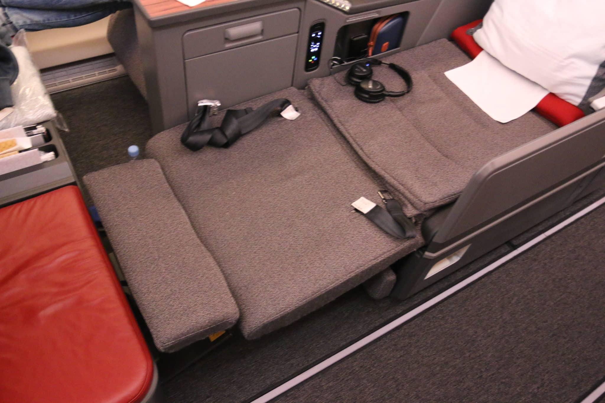 Bett an Bord des LATAM Business Class A350-900 XWB