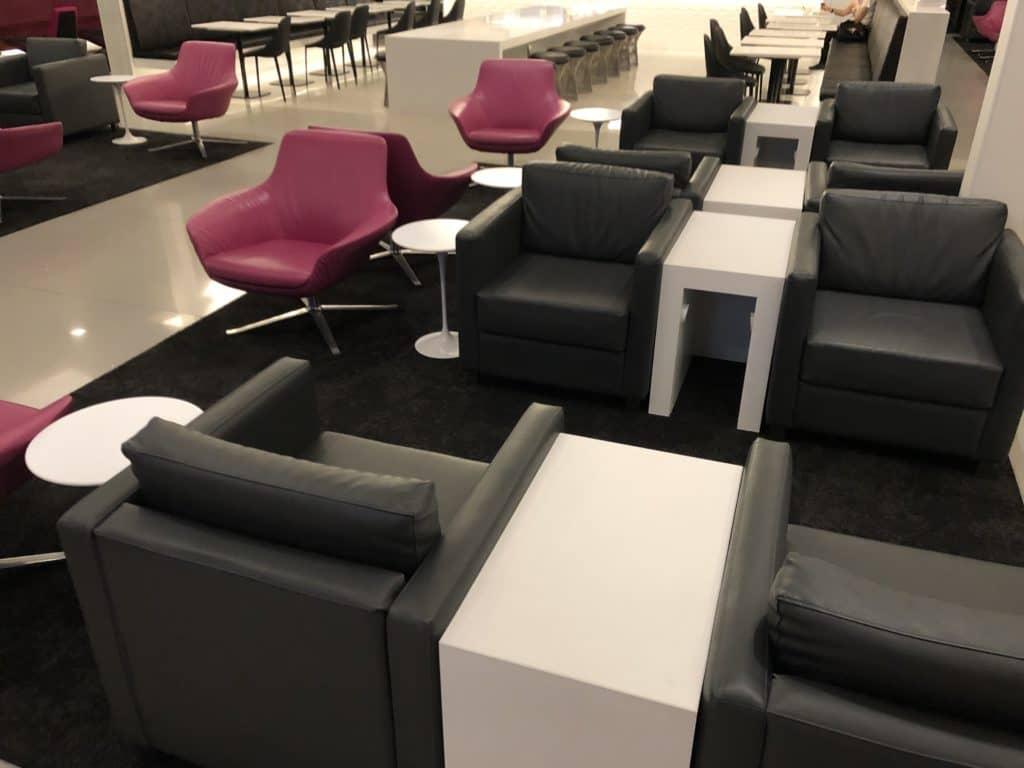 Air New Zealand Brisbane International Lounge Sessel Stuehle