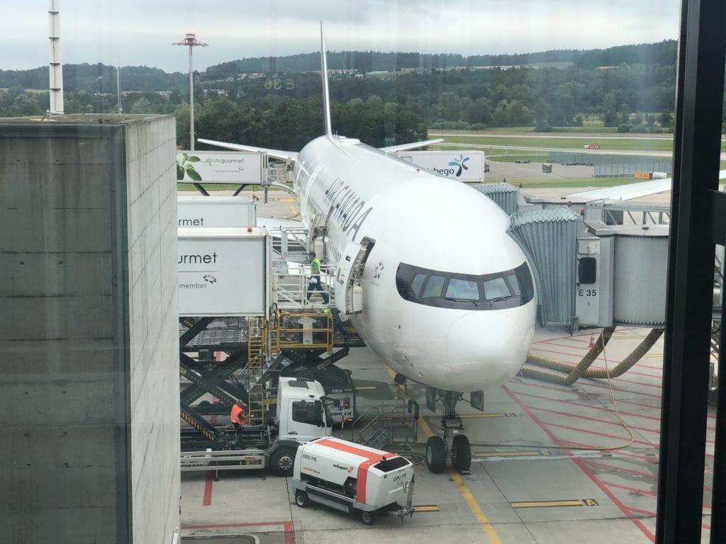 AirCanada Business Class Boeing 777 Flugzeug
