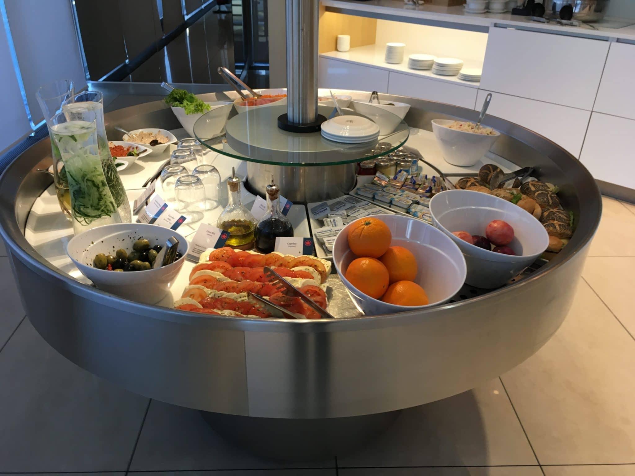 Air Canada Maple Leaf Lounge Frankfurt Kalte Speisen