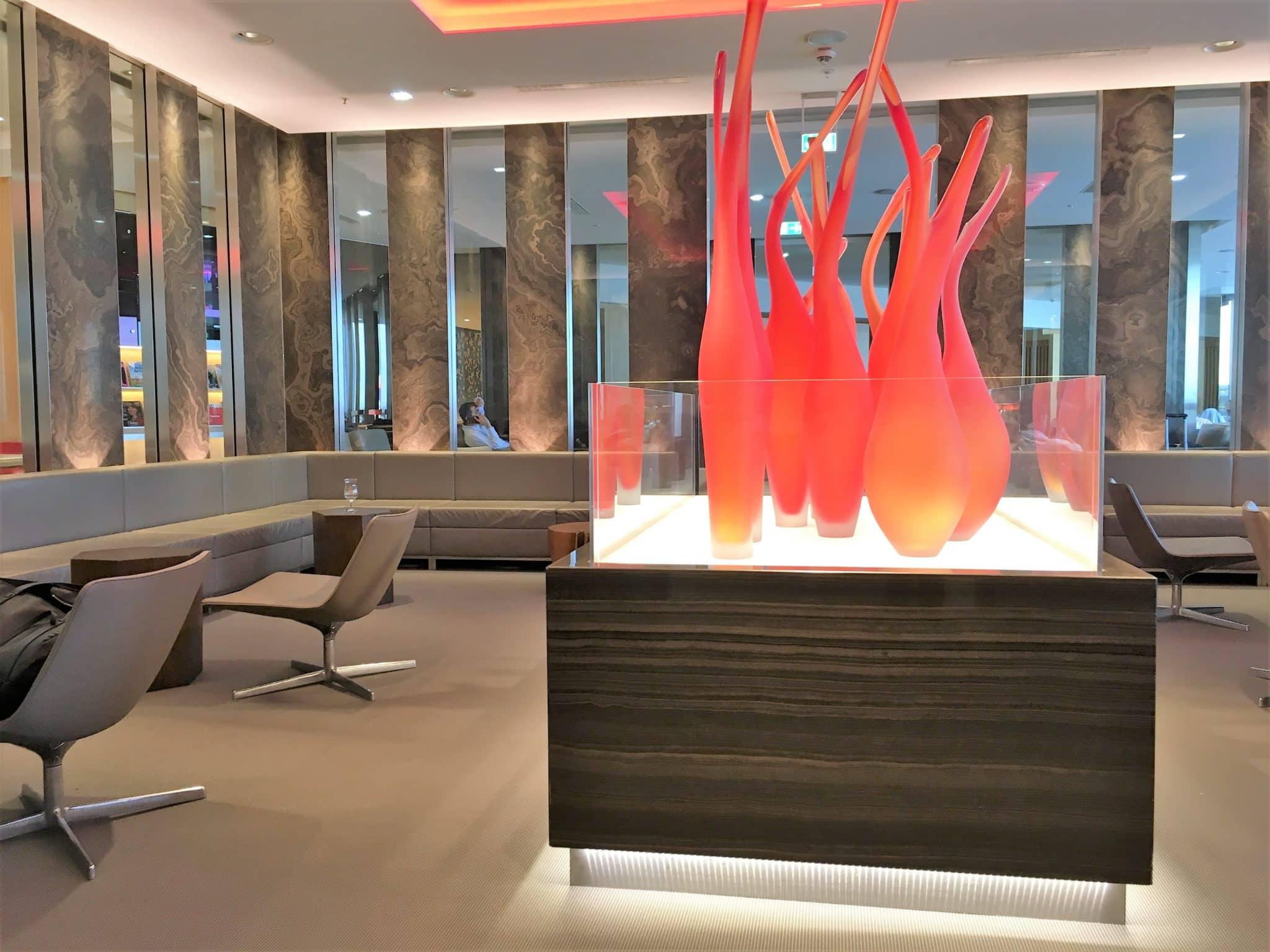 Air Canada Maple Leaf Lounge Frankfurt Flamme