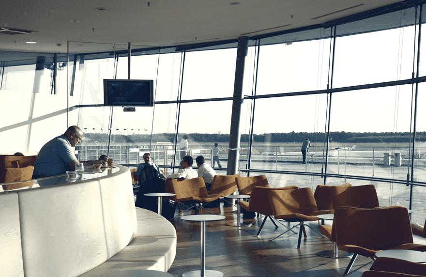 Mit der Miles & More Diners Club Vintage Card erhaltet ihr Zutritt zu über 800 Diners Club Lounges, darunter zum Beispiel die VIP Lounge in Graz © dinersclub.at