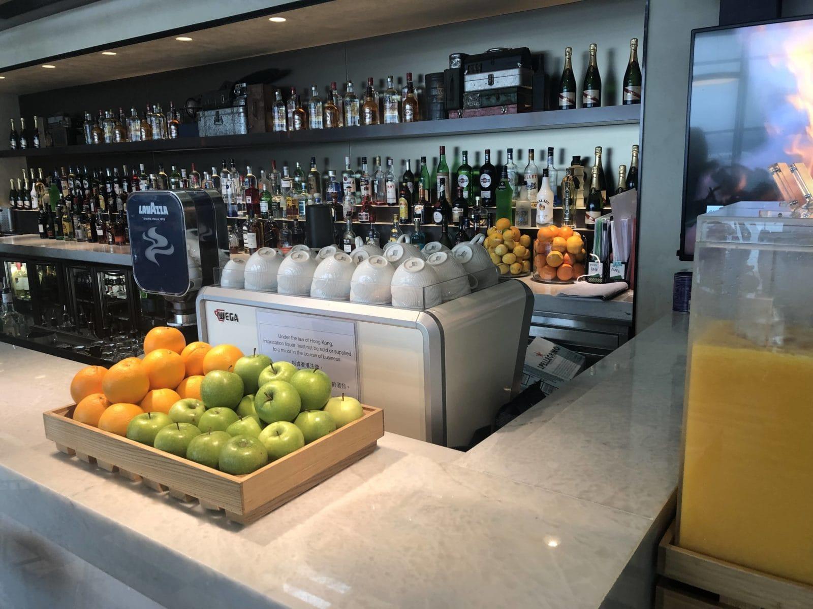 American Express Centurion Lounge Hong Kong Obst