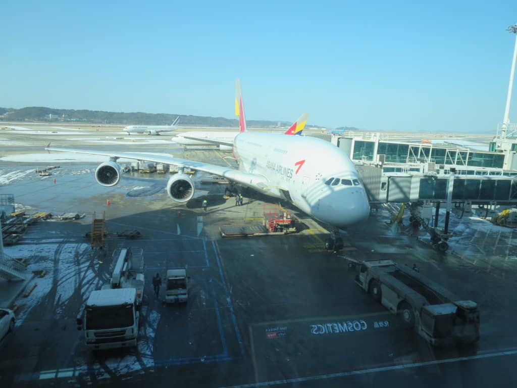 Asiana A380 am Flughafen Seoul Incheon