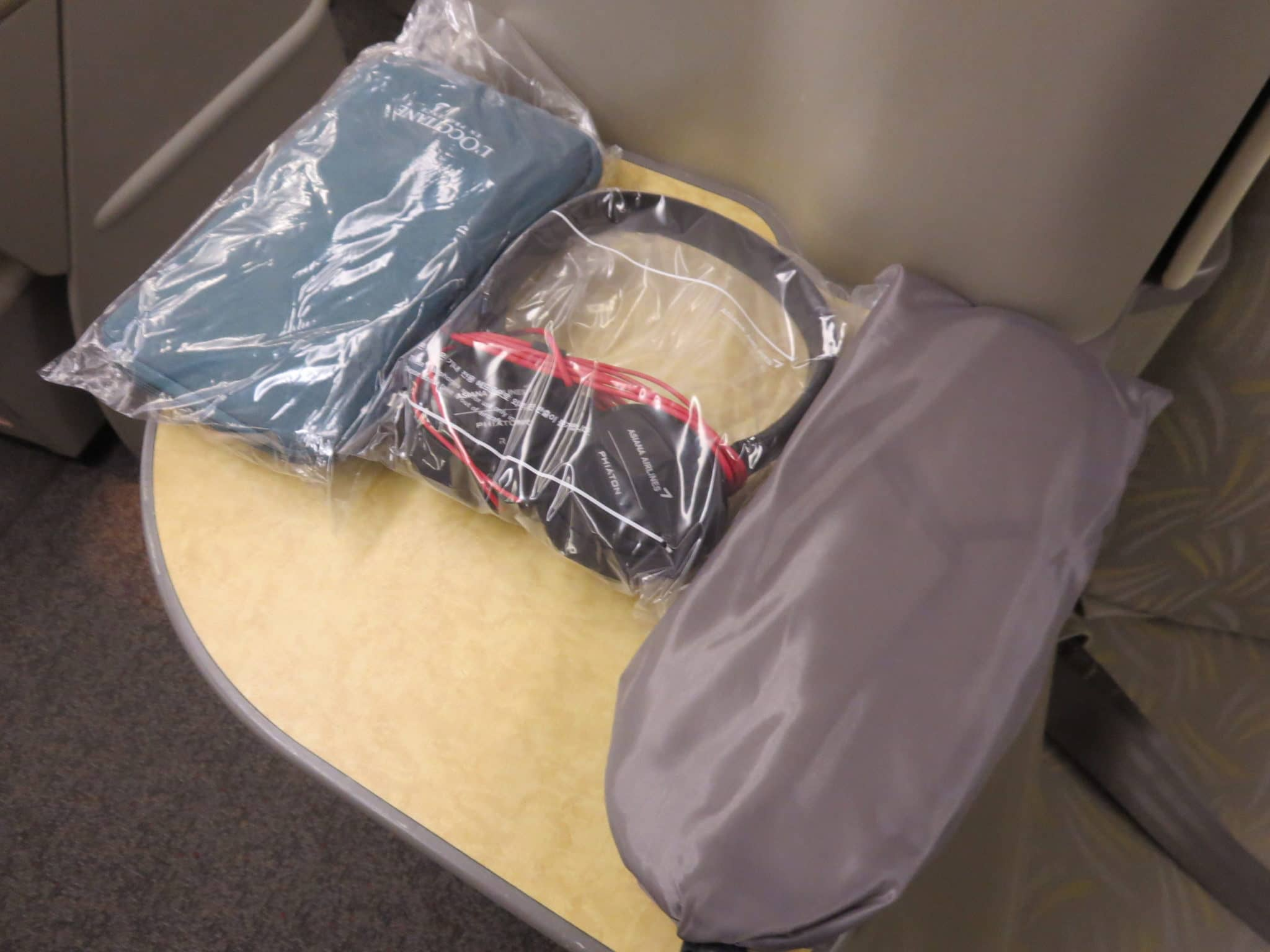 Asiana Business Class Amenity Kit