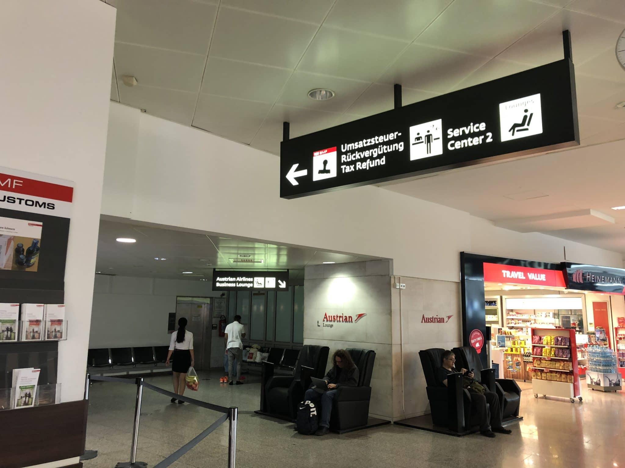 Austrian Airlines Business Class Lounge Wien Terminal D Wegweiser Lounge