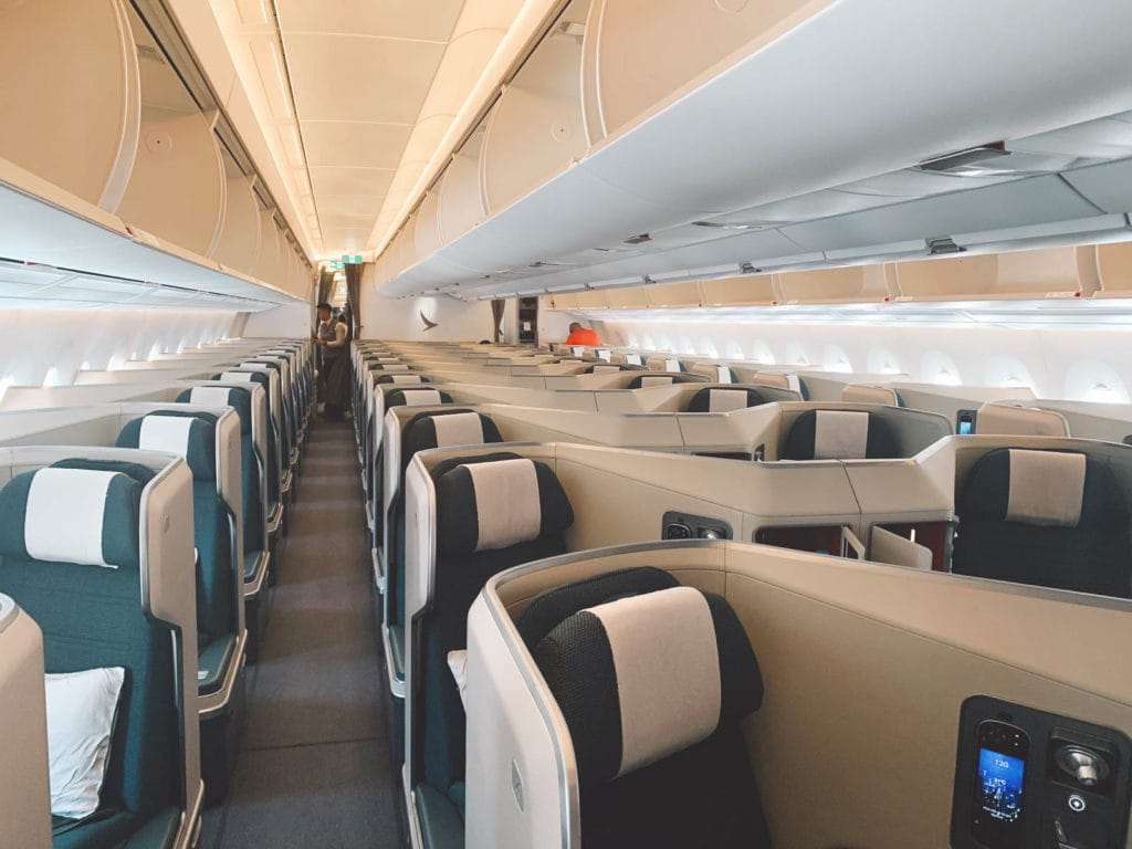 Cathay Pacific Business Class an Bord des A350-1000