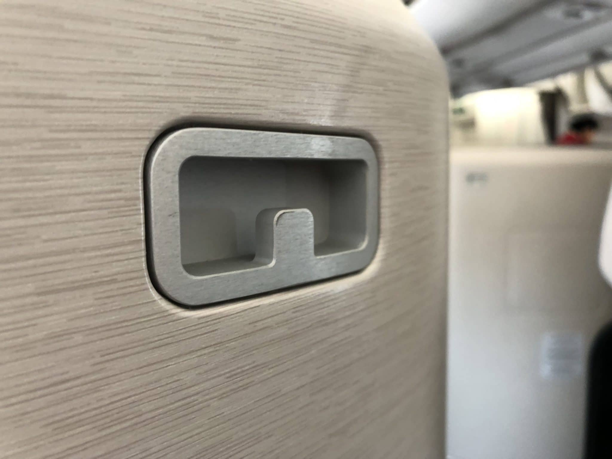 Cathay Pacific Business Class A350-1000 Haken Sako