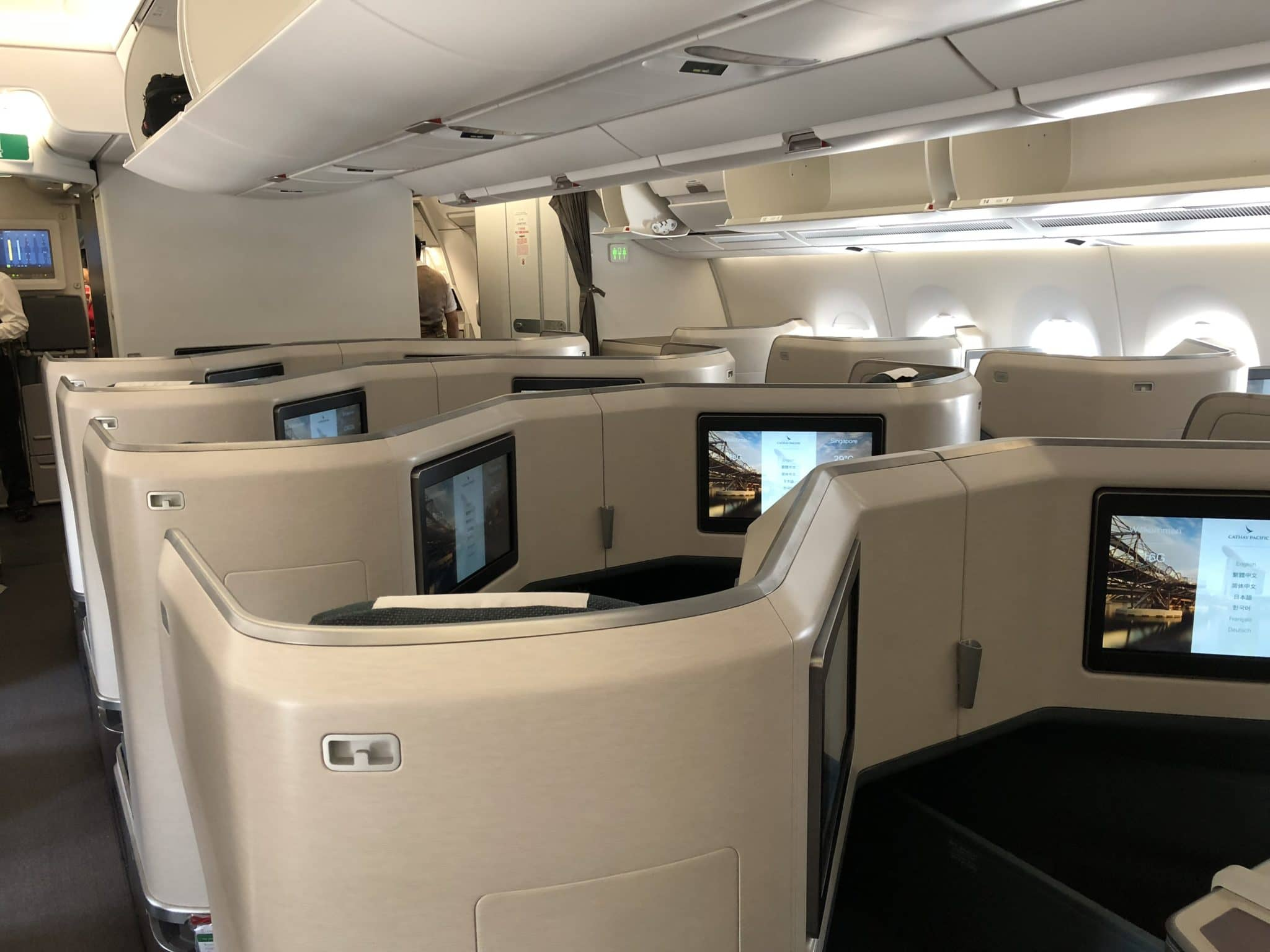 Cathay Pacific Business Class A350-1000 Kabinen Ansicht