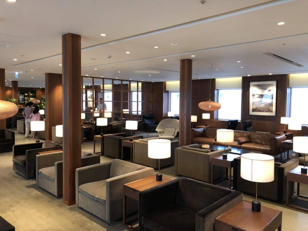 Durch den American Express Platinum Priority Pass erhält man kostenfreien Loungezugang in über 1.200 Lounges