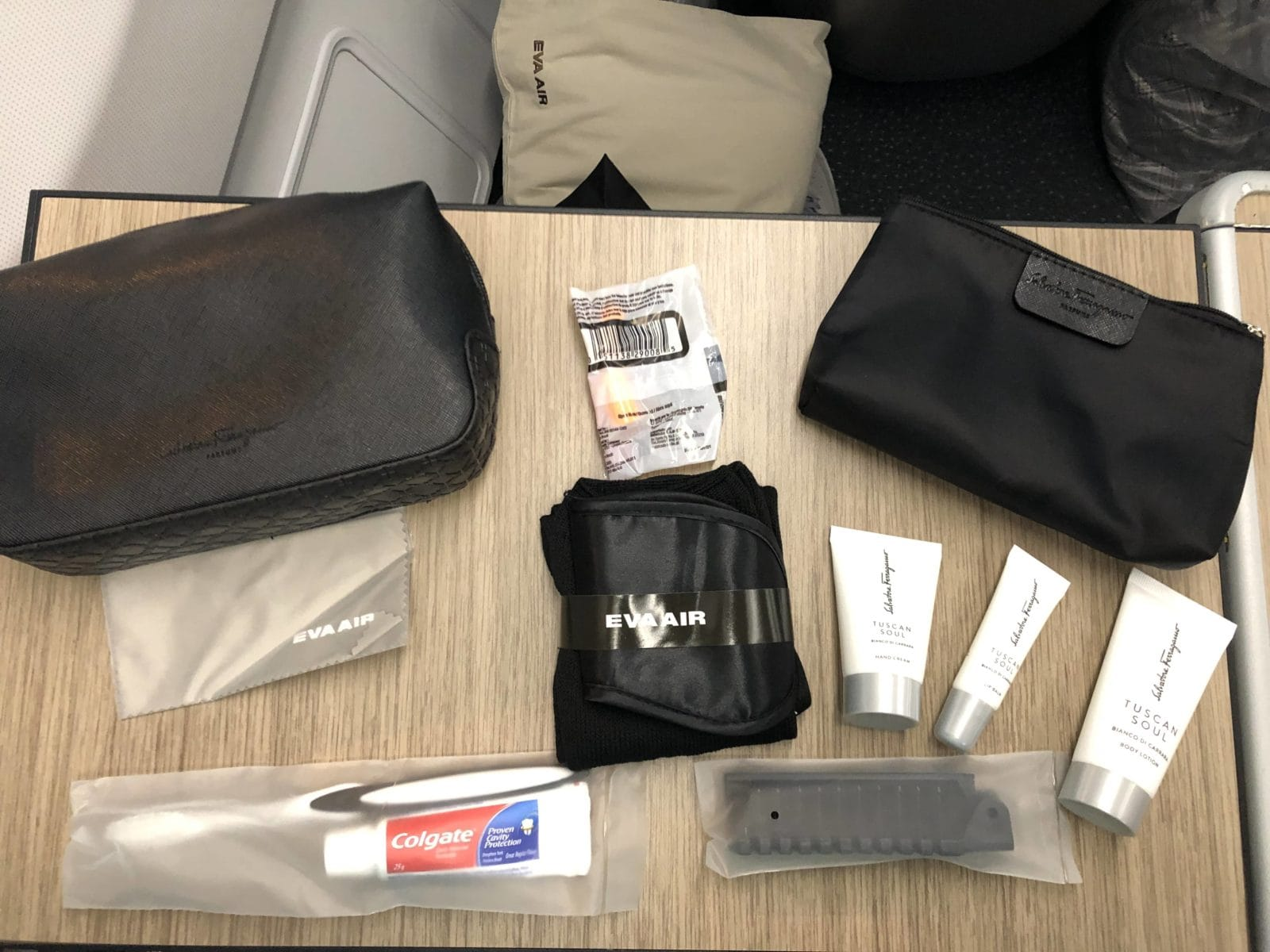 EVA Air Business Class A330-300 Amenity Kit ausgepackt