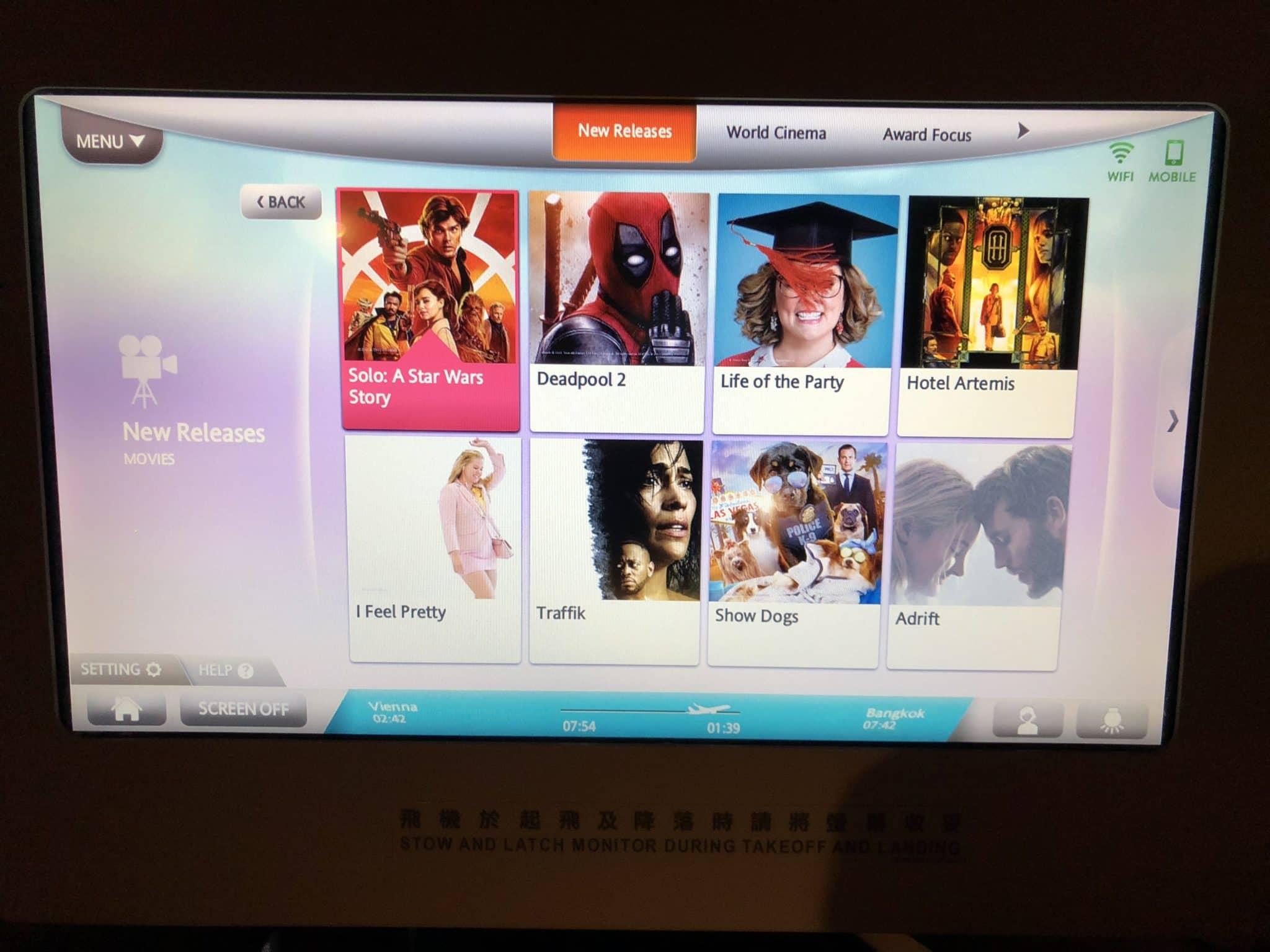 EVA Air Business Class Boeing 777-300 Auswahl Filme