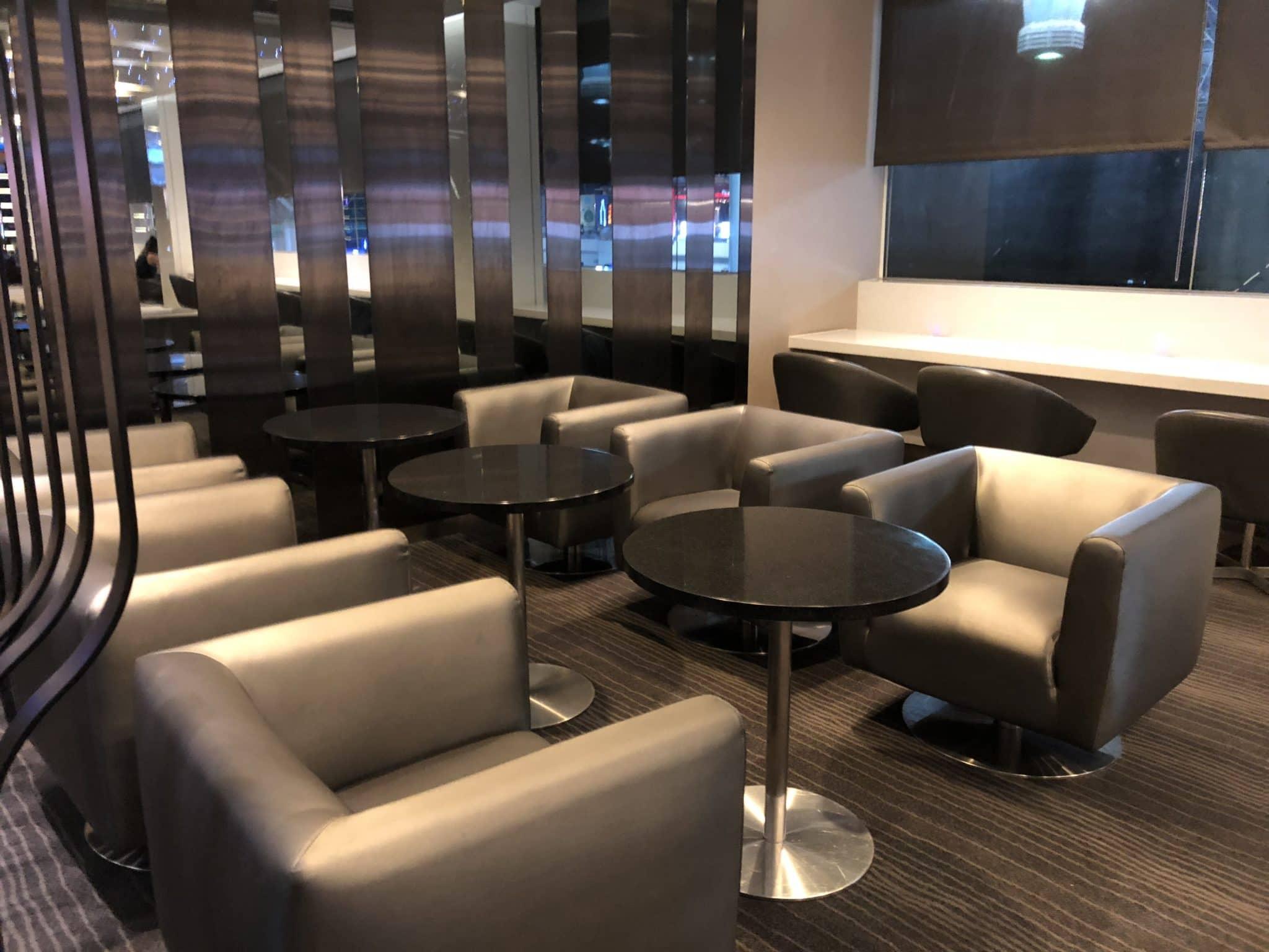 EVA Air Lounge The Infinity Sitzmoeglichkeiten