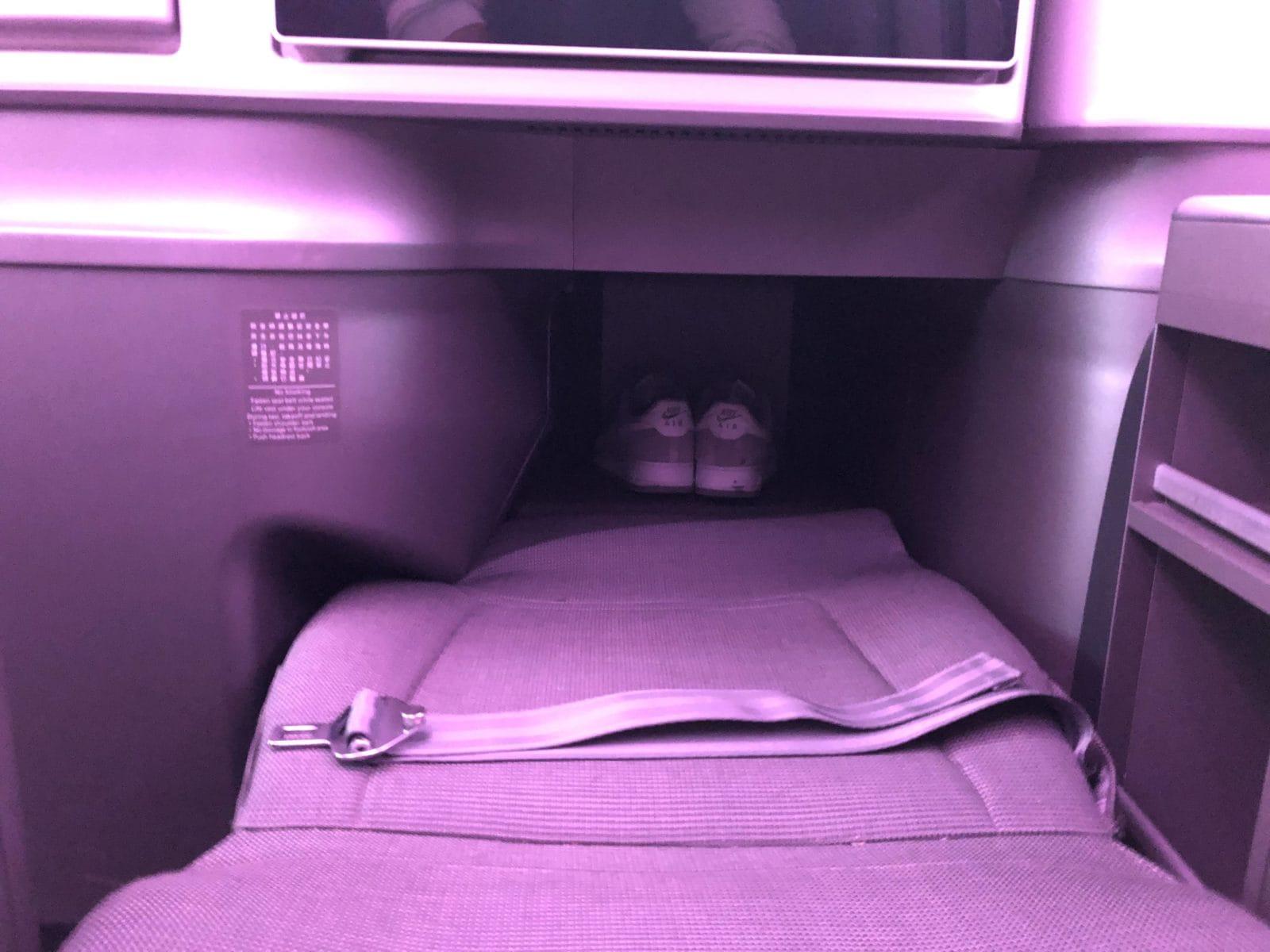 EVA Air neue Business Class 787-9 Bett ausgefahren