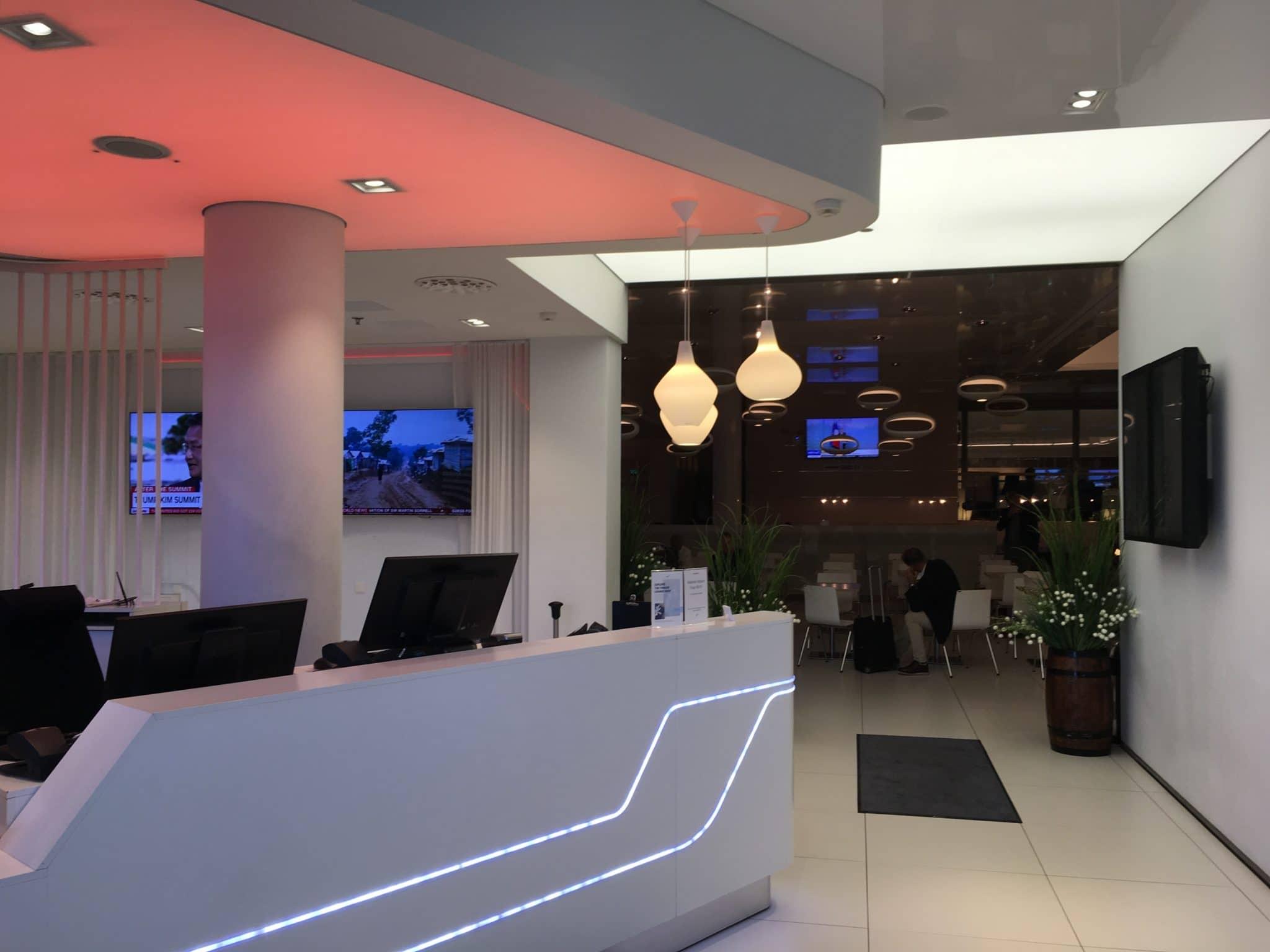 Finnair Lounge Helsinki Non-Schengen Eingangsbereich