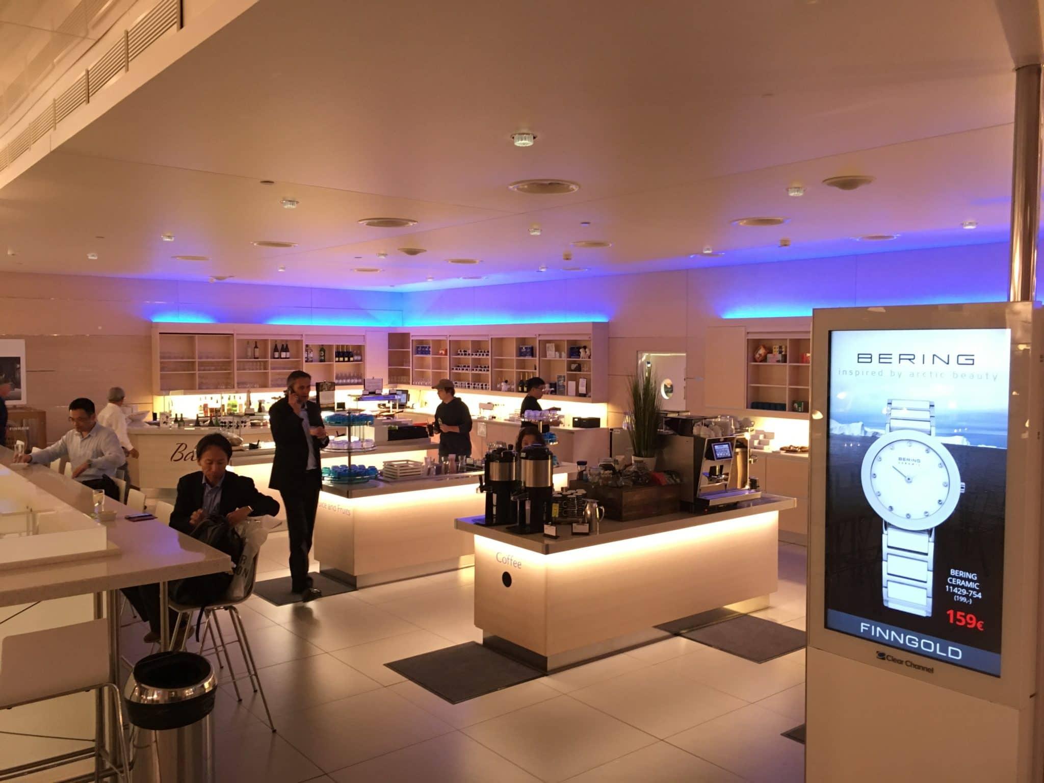 Finnair Lounge Helsinki Non-Schengen Buffetbereich