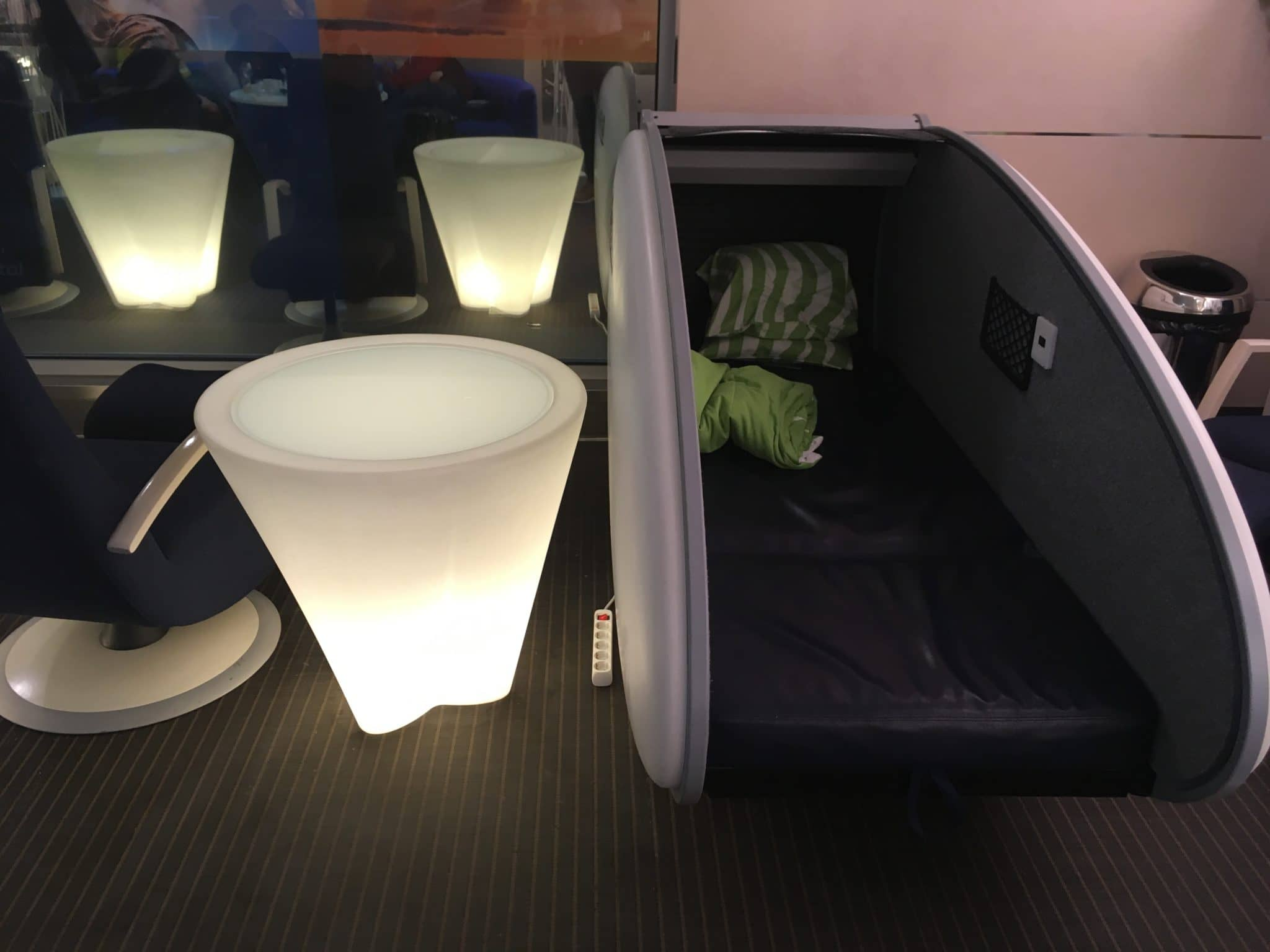 Finnair Lounge Helsinki Non-Schengen Schlafkoje
