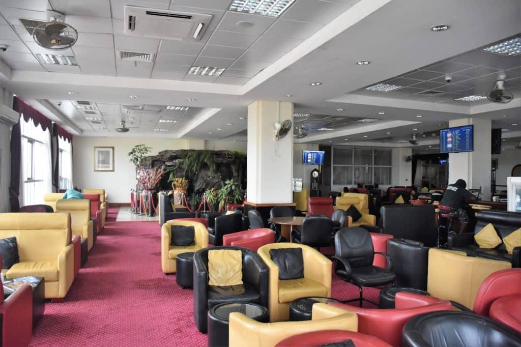 Karibuni Lounge Entebbe Sessel