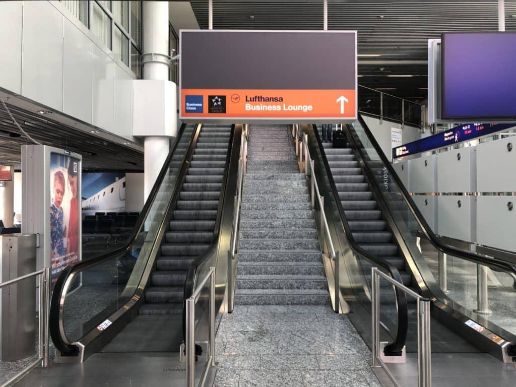 Lufthansa Business Lounge Frankfurt A26 Wegweiser zur Lounge