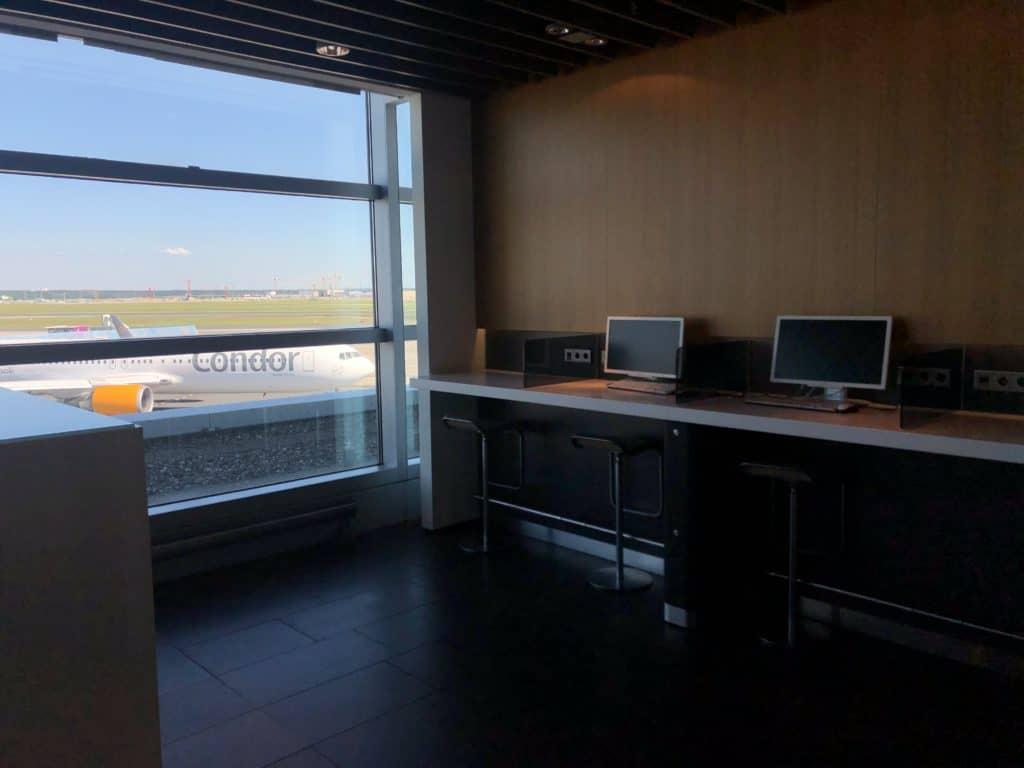 Lufthansa Business Lounge Frankfurt A26 Arbeitsplatz