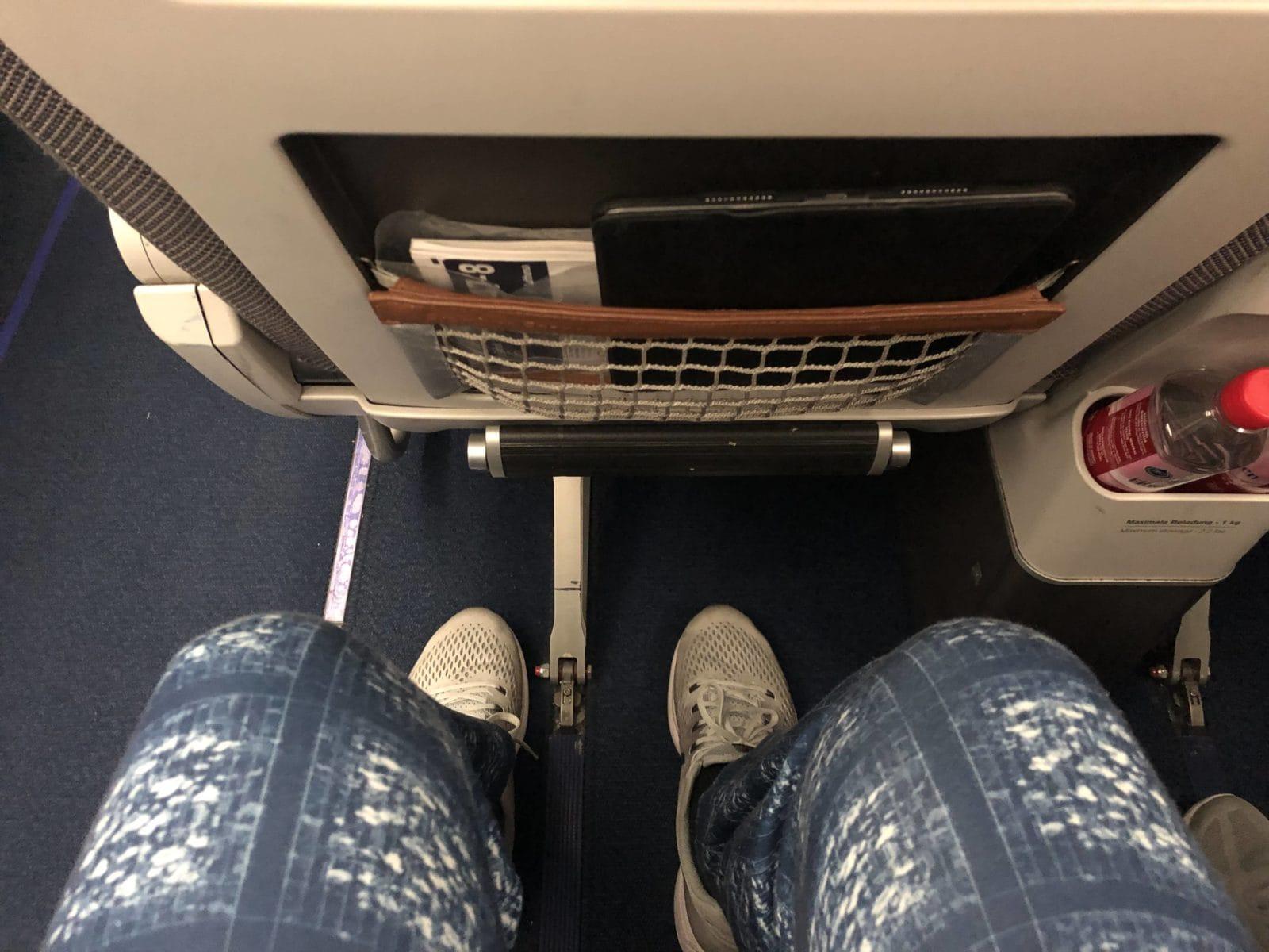 Lufthansa Premium Economy Beinfreiheit PreEco