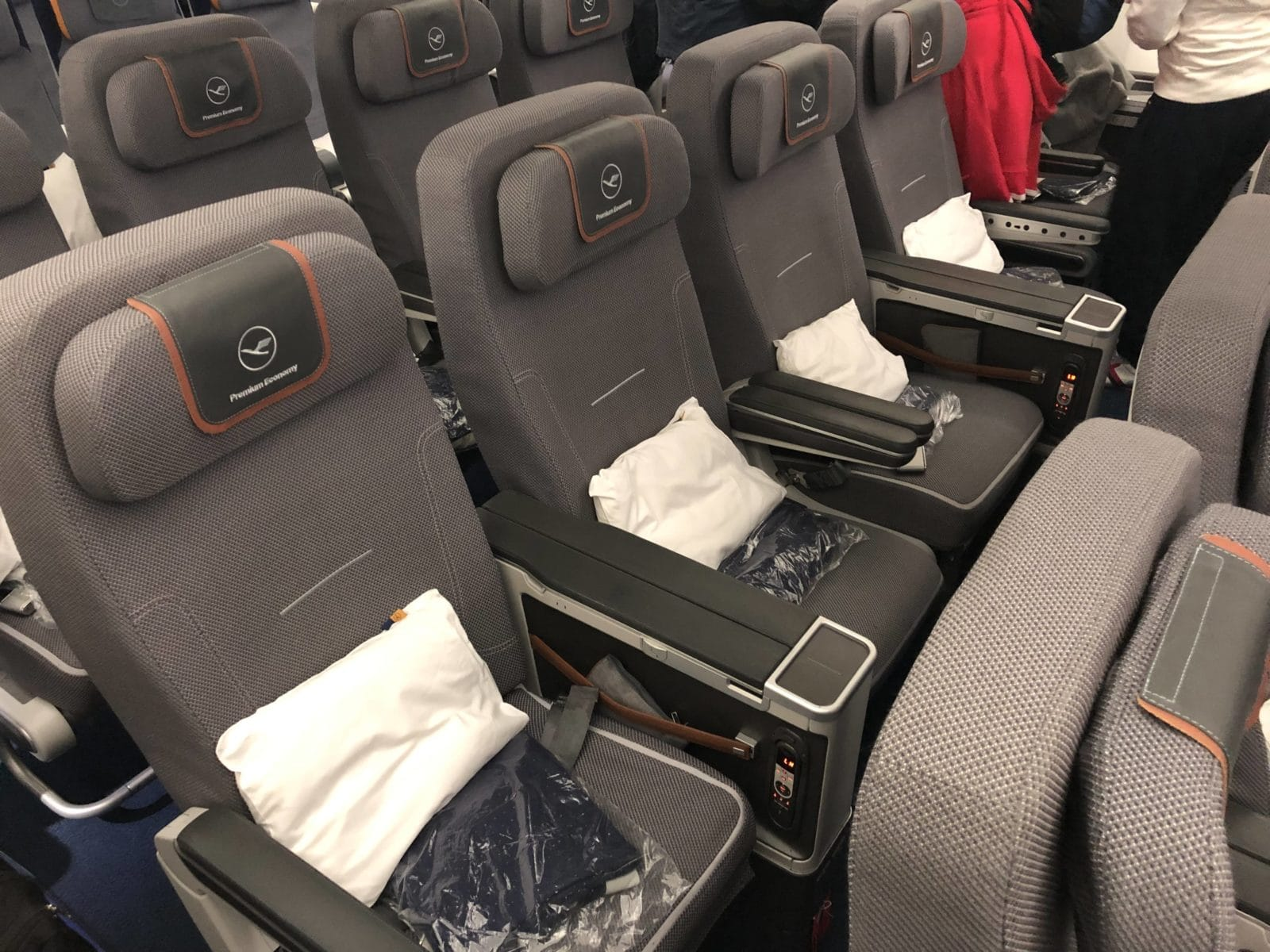 Lufthansa Premium Economy mittlere Reihe