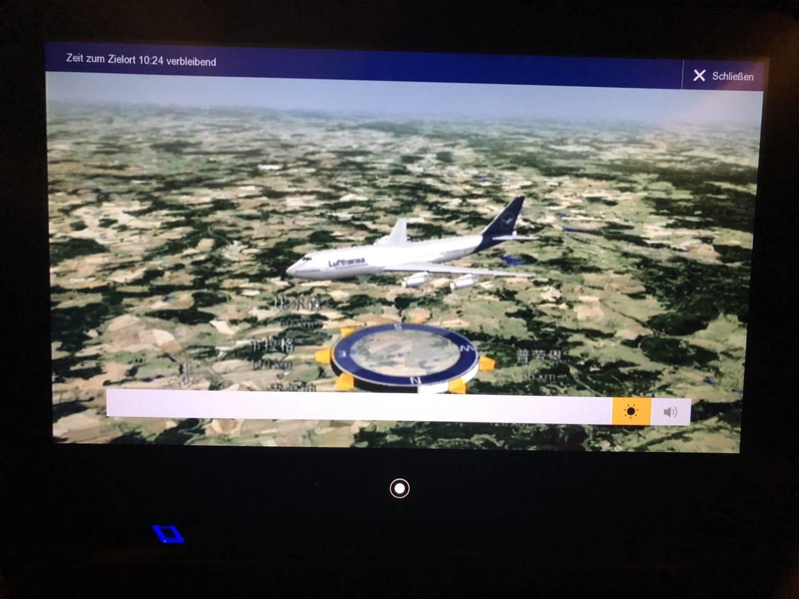 Lufthansa Premium Economy Pixelshow Fluginformation