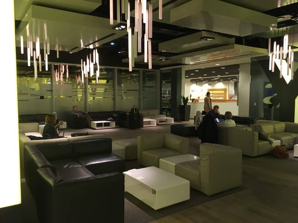 Lufthansa Senator Lounge Frankfurt B Bar Bereich