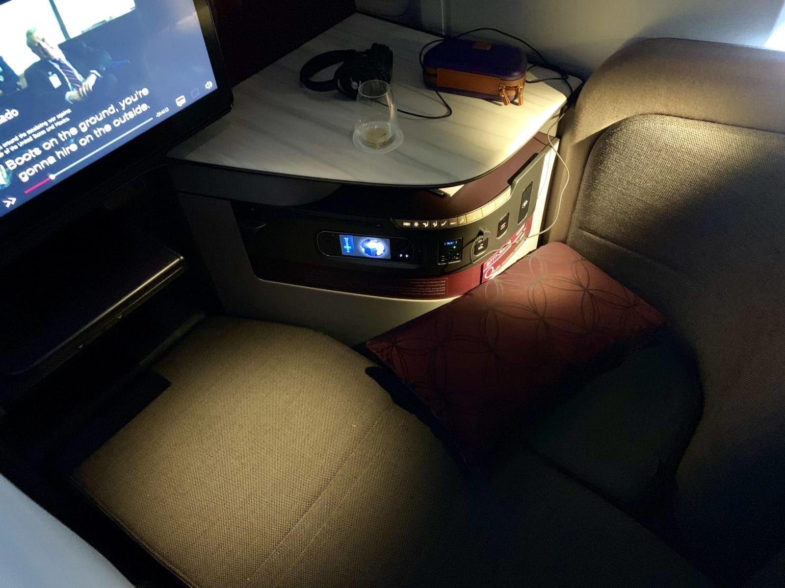 Qatar Airways Qsuite Boeing 777-300ER Bett