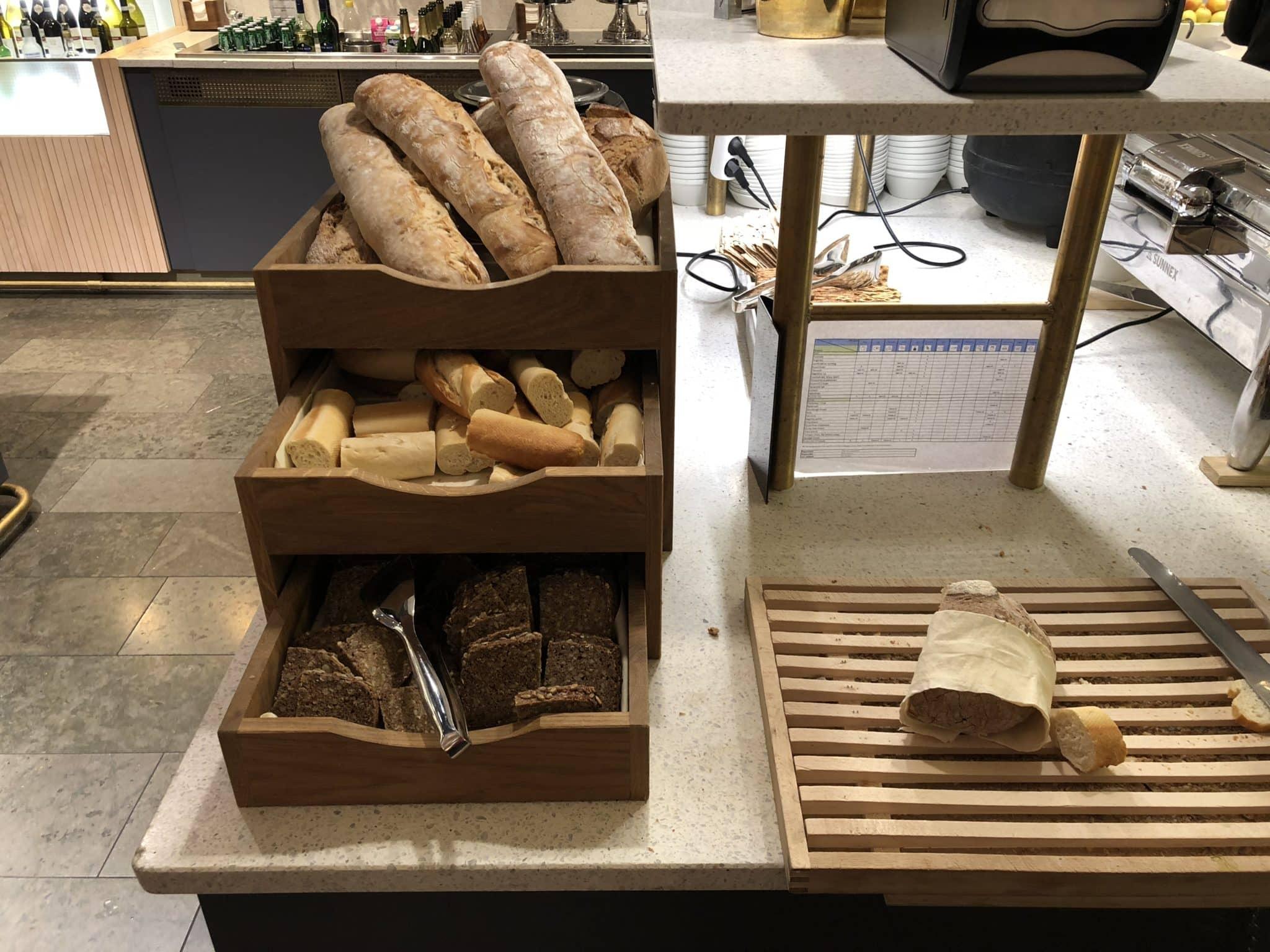 SAS Gold Lounge Oslo-Gardermoen Brot