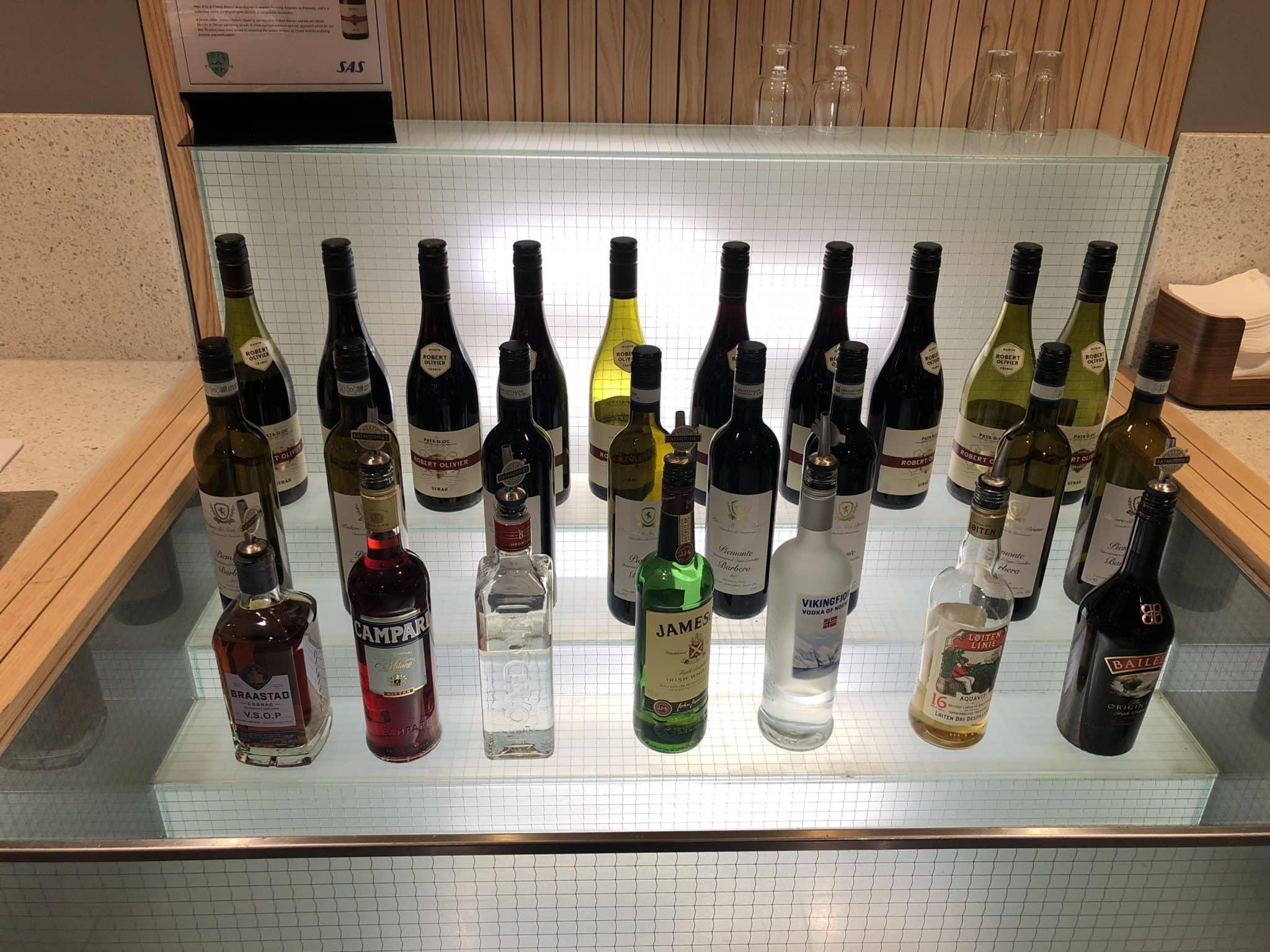 SAS Gold Lounge Oslo-Gardermoen hochprozentiger Alkohol