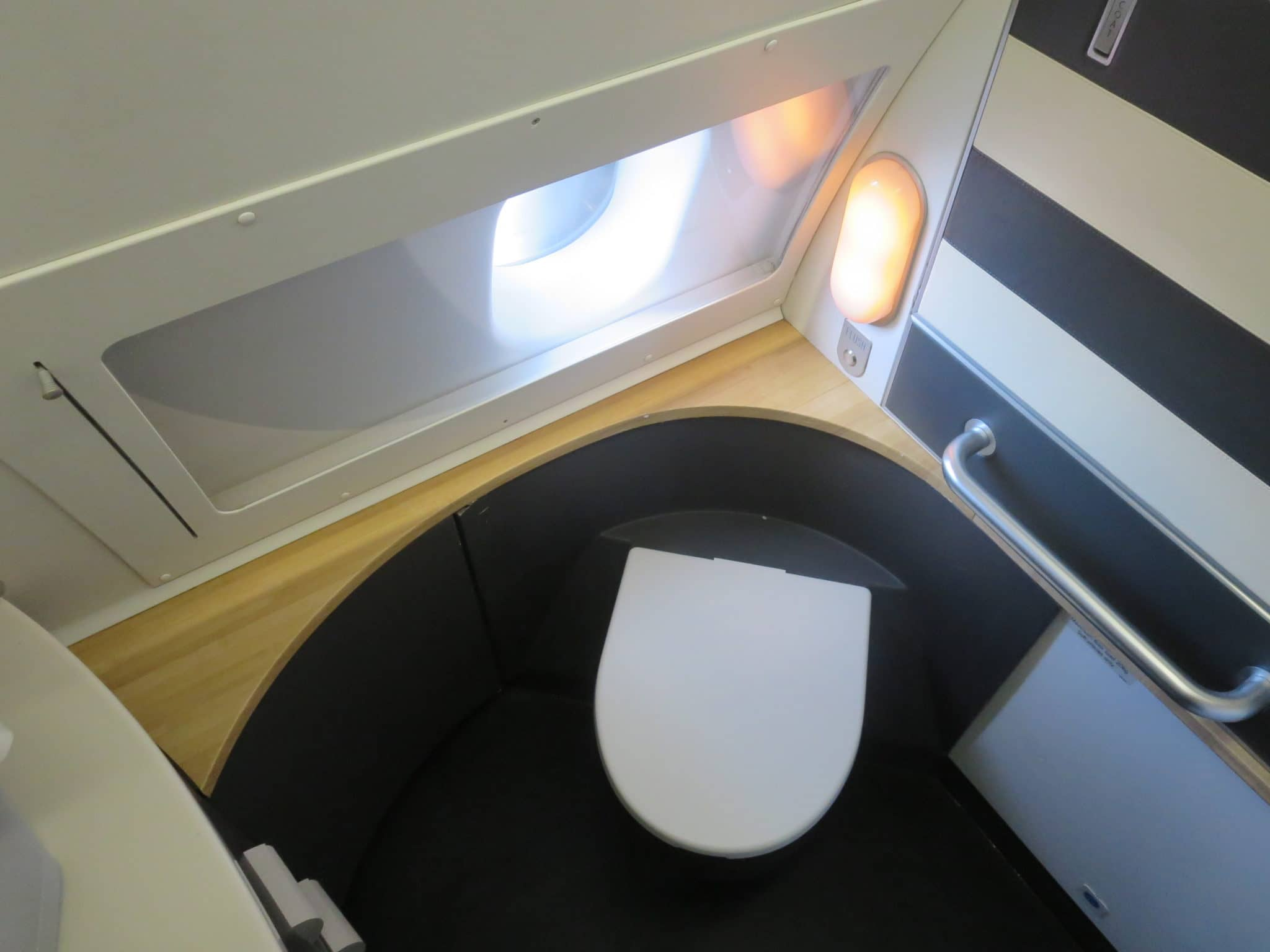 SAS Business Class A340 Bad