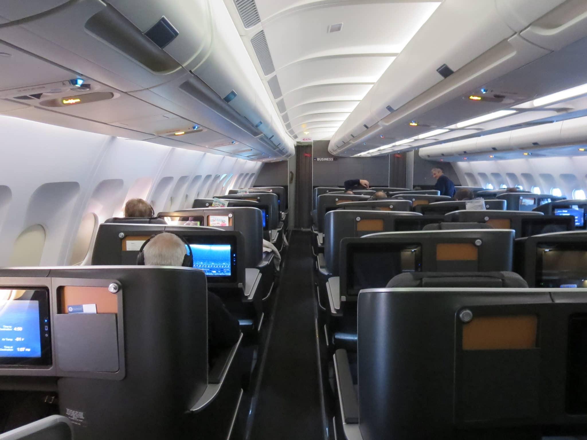 SAS Business Class A340 Kabine