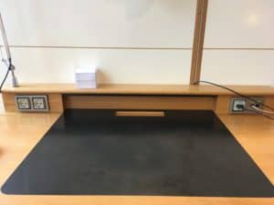 SAS Gold Lounge Kopenhagen Schreibtisch