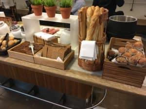 SAS Gold Lounge Kopenhagen Brot