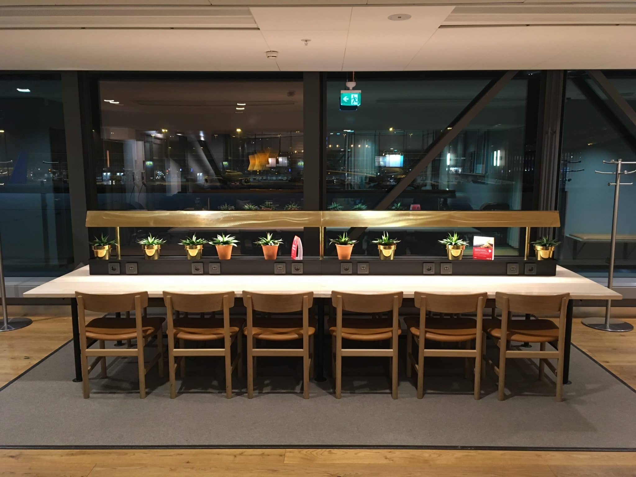 SAS Gold Lounge Stockholm Arbeitsplaetze