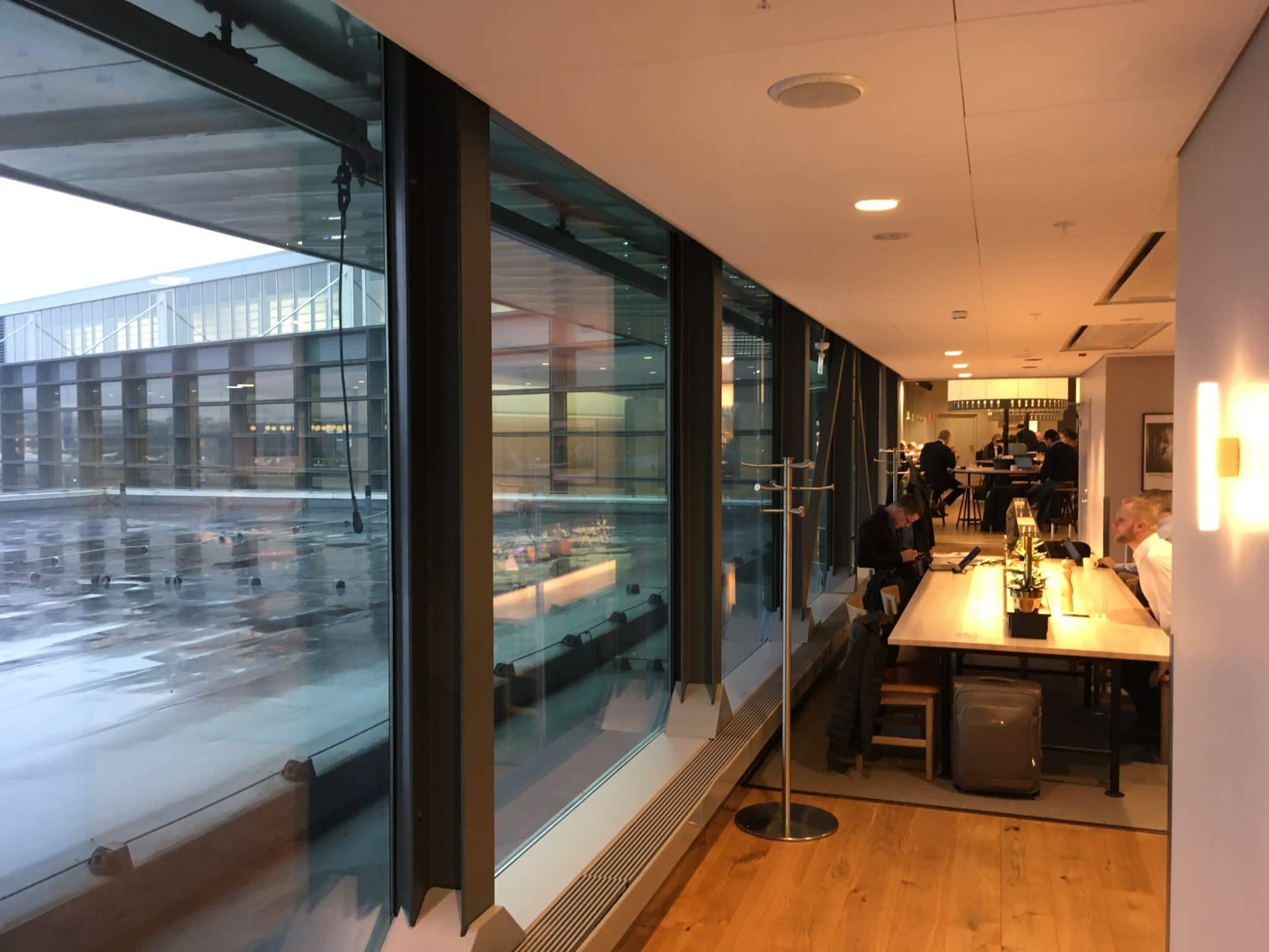 SAS Gold Lounge Stockholm Fensterfront