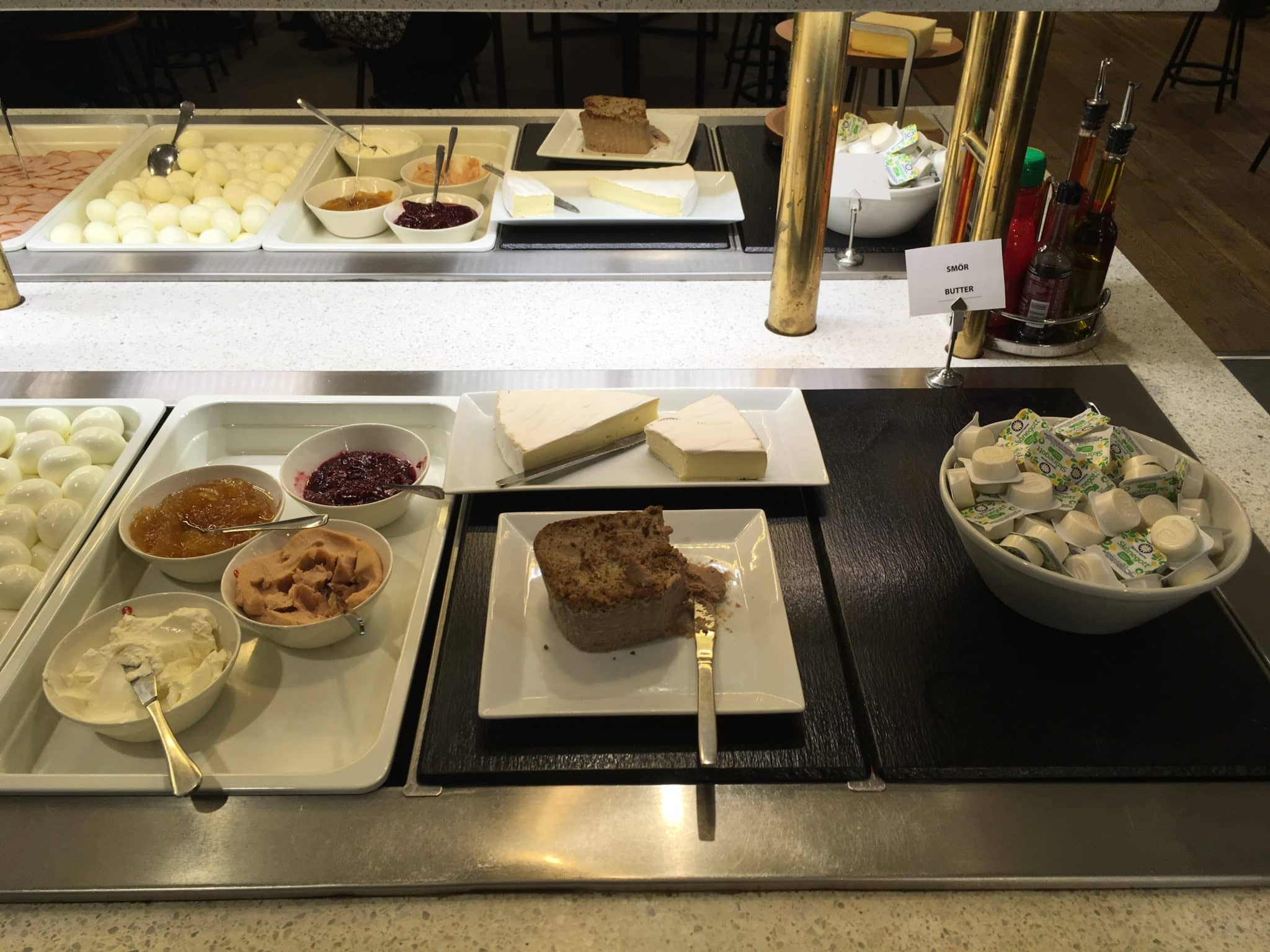 SAS Gold Lounge Stockholm Frühstück
