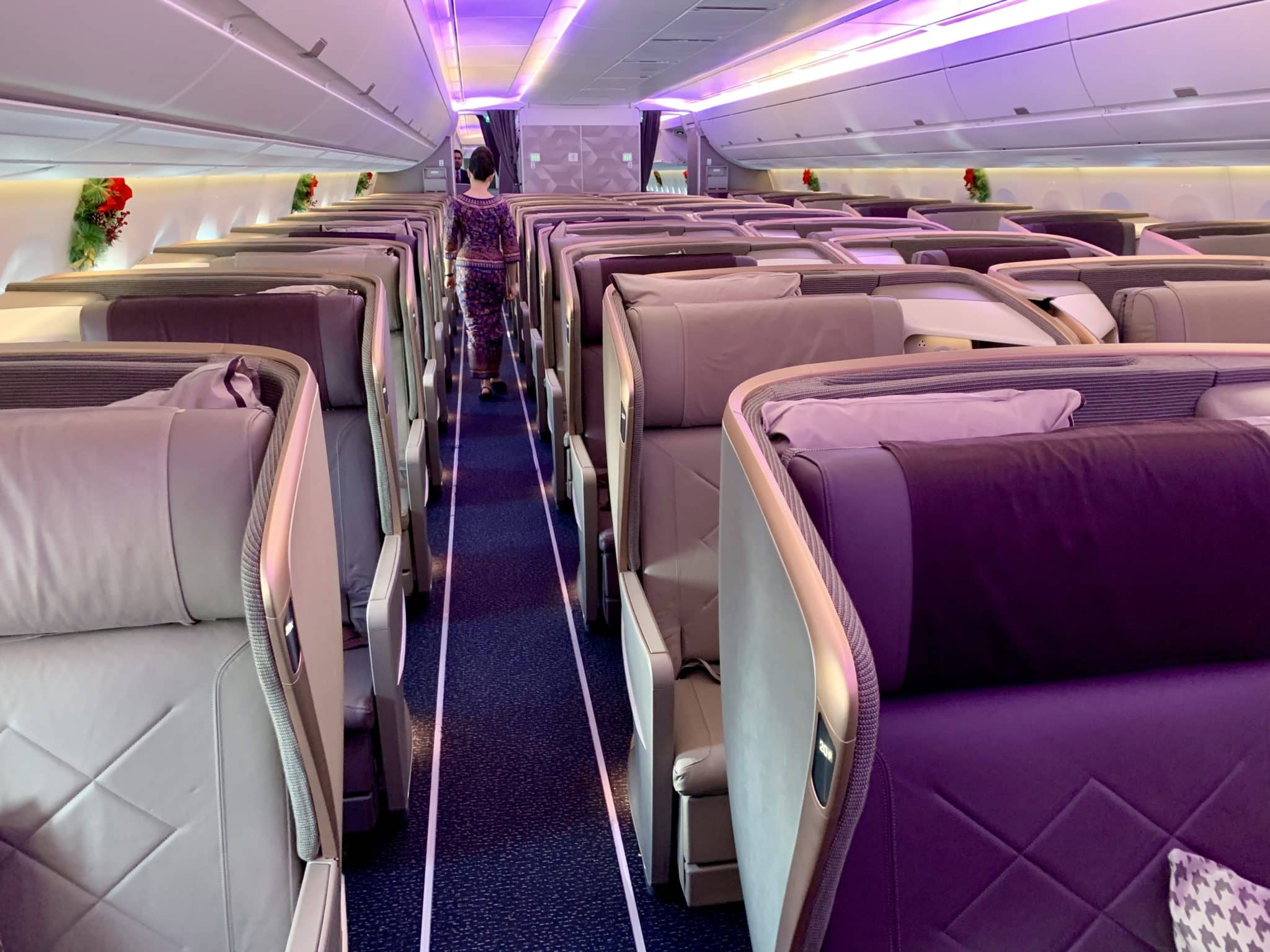 Hintere Singapore Airlines Business Class Kabine im A350-900ULR