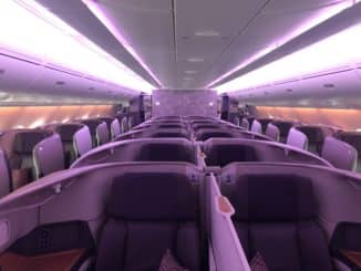 Singapore Airlines Business Class A380-800 Kabine von vorne