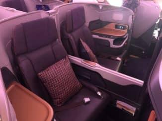 Singapore Airlines Business Class A380-800 Trennwand unten
